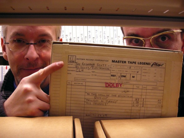 Jeff Winner and Gert-Jan Blom make a remarkable discovery in the stacks at Marr Archives. (photo by I.C.)