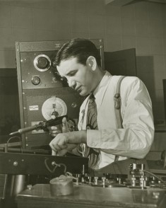 Raymond Scott in the lab, 1938